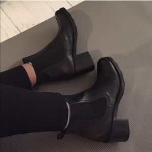 Vintage Leather Heeled Chelsea Boots